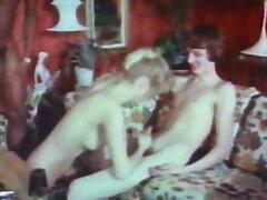 ايلا هيوز سكسي اجنبي مترجم جديد ، كايلا جرين ، وداني دي يمارس الجنس في مطعم للوجبات السريعة